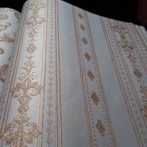 کاغذ دیواری آبی روشن کلاسیک