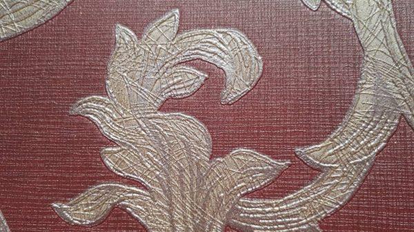 کاغذ دیواری گل دار آجری و طلایی