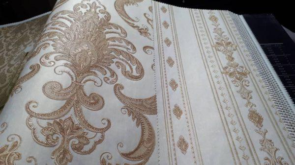کاغذ دیواری طلایی پذیرایی
