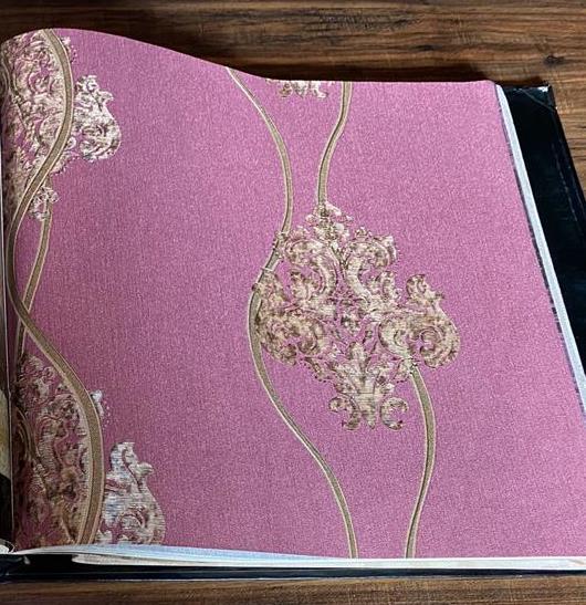 کاغذ دیواری گل دار داماسک ارغوانی