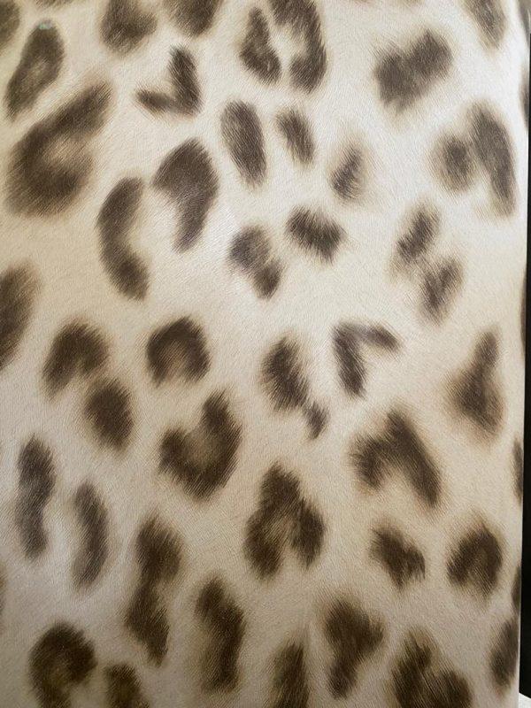 کاغذ دیواری سه بعدی پوست پلنگی