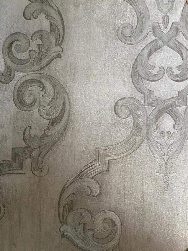 کاغذ دیواری سفید نقره ای