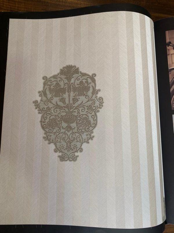 کاغذ دیواری سفید طوسی نقره ای